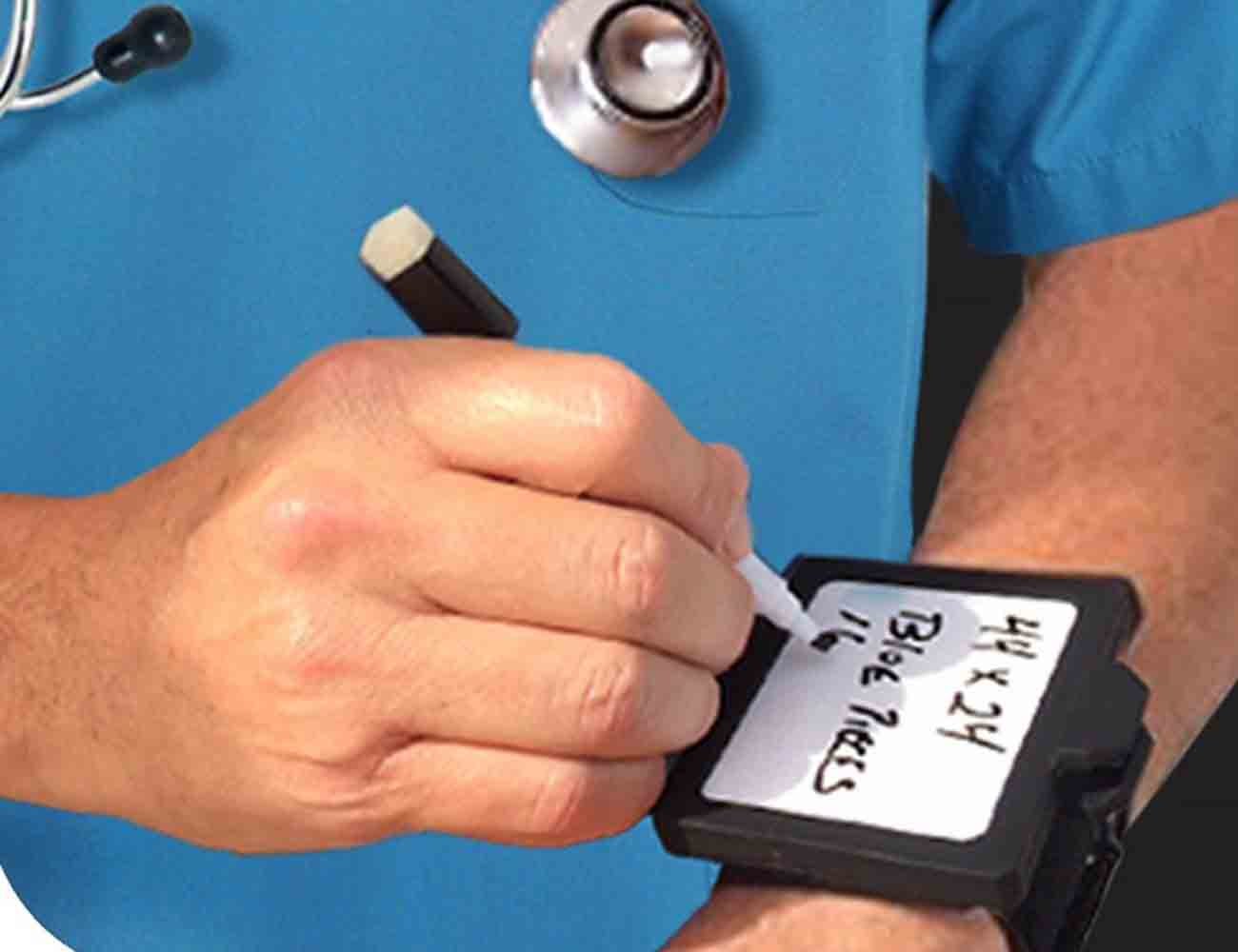Wear-N-Write – Dry Erase Board That You Wear On Your Wrist