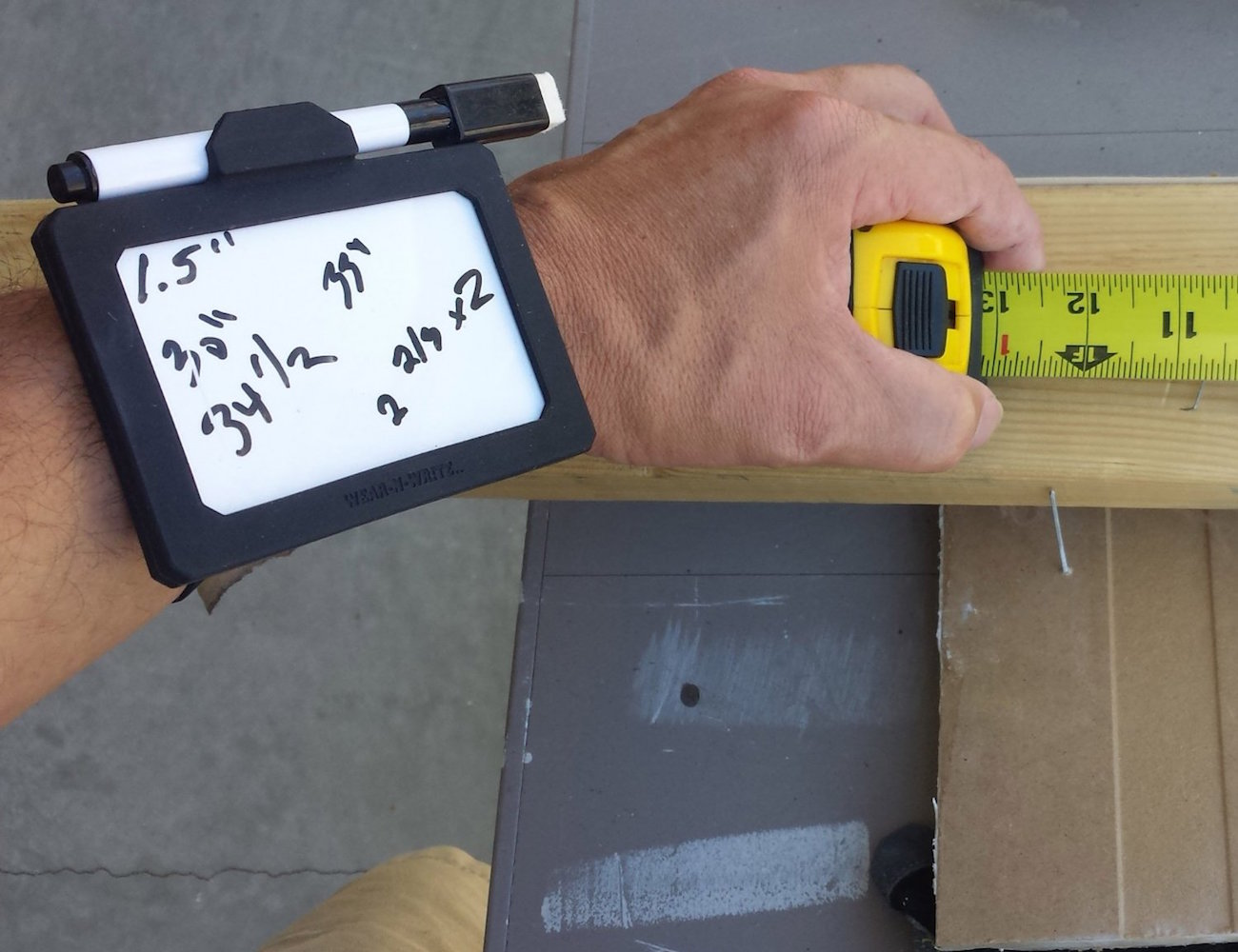 Wear-N-Write+%26%238211%3B+Dry+Erase+Board+That+You+Wear+On+Your+Wrist