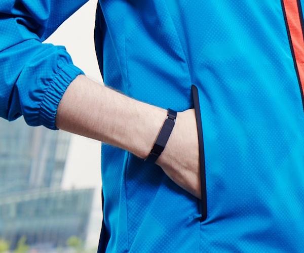 ZIKTO Walk Fitness and Activity Tracker
