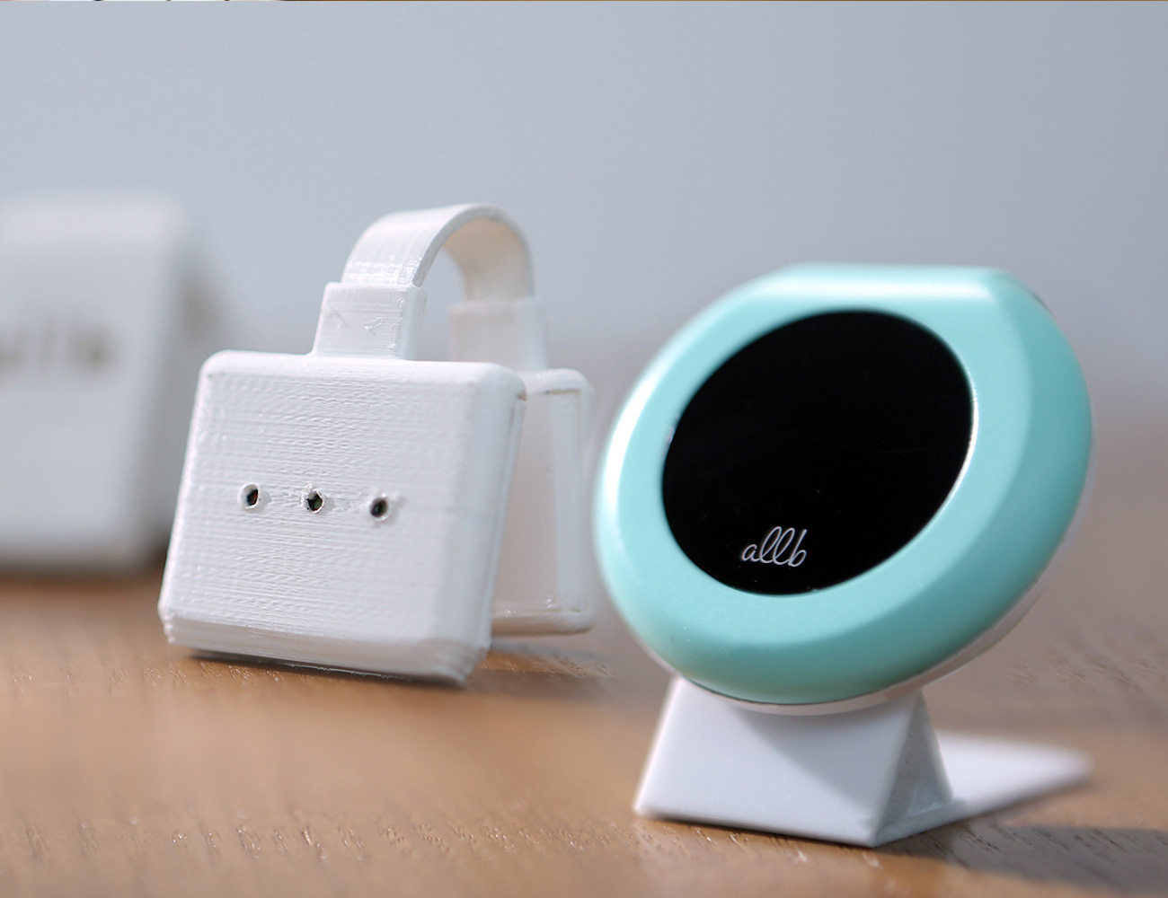 allb – The Smart Wearable for Infants
