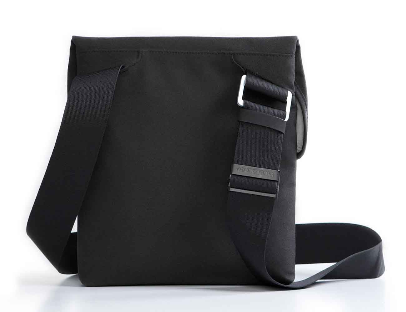 IPad+Sling+Bag+By+Bluelounge