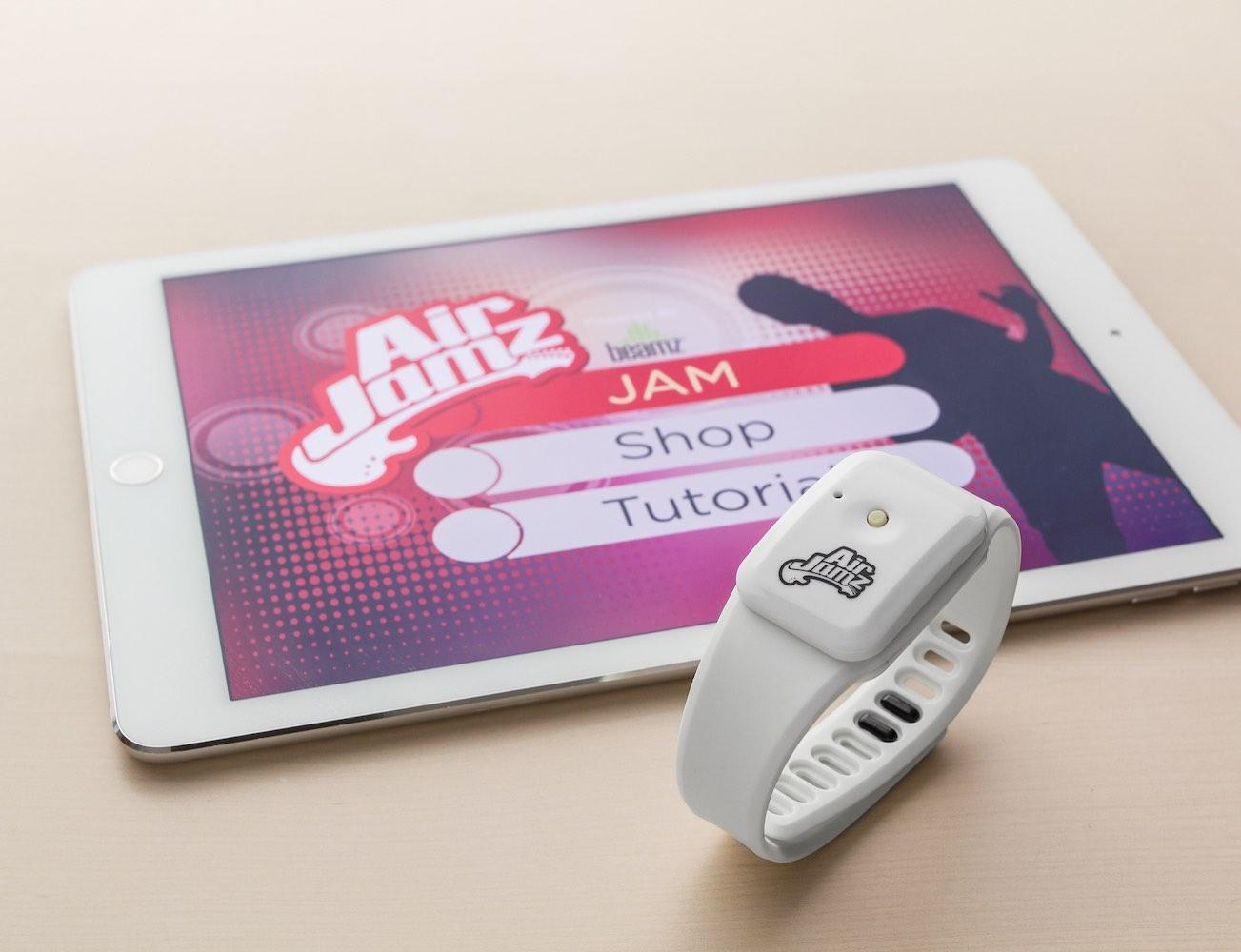 AirJamz – Wearable Air Guitar