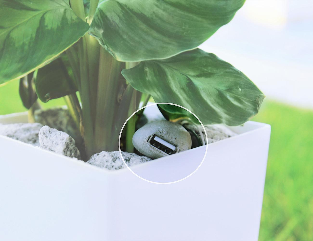 Bioo Lite Plant Pot Charger 187 Gadget Flow