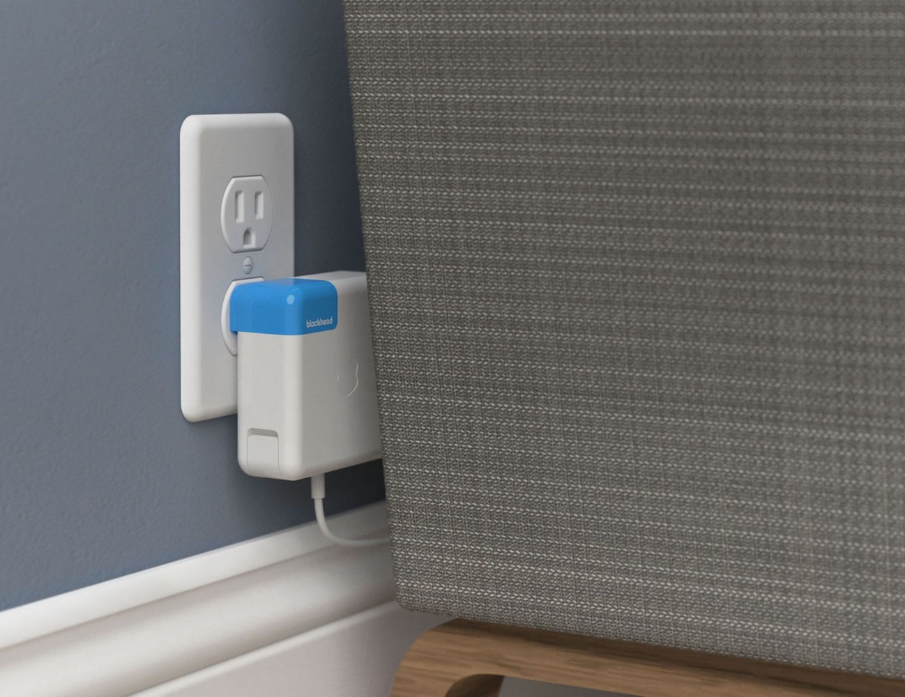 Blockhead – The Side-Facing Plug by Ten One Design