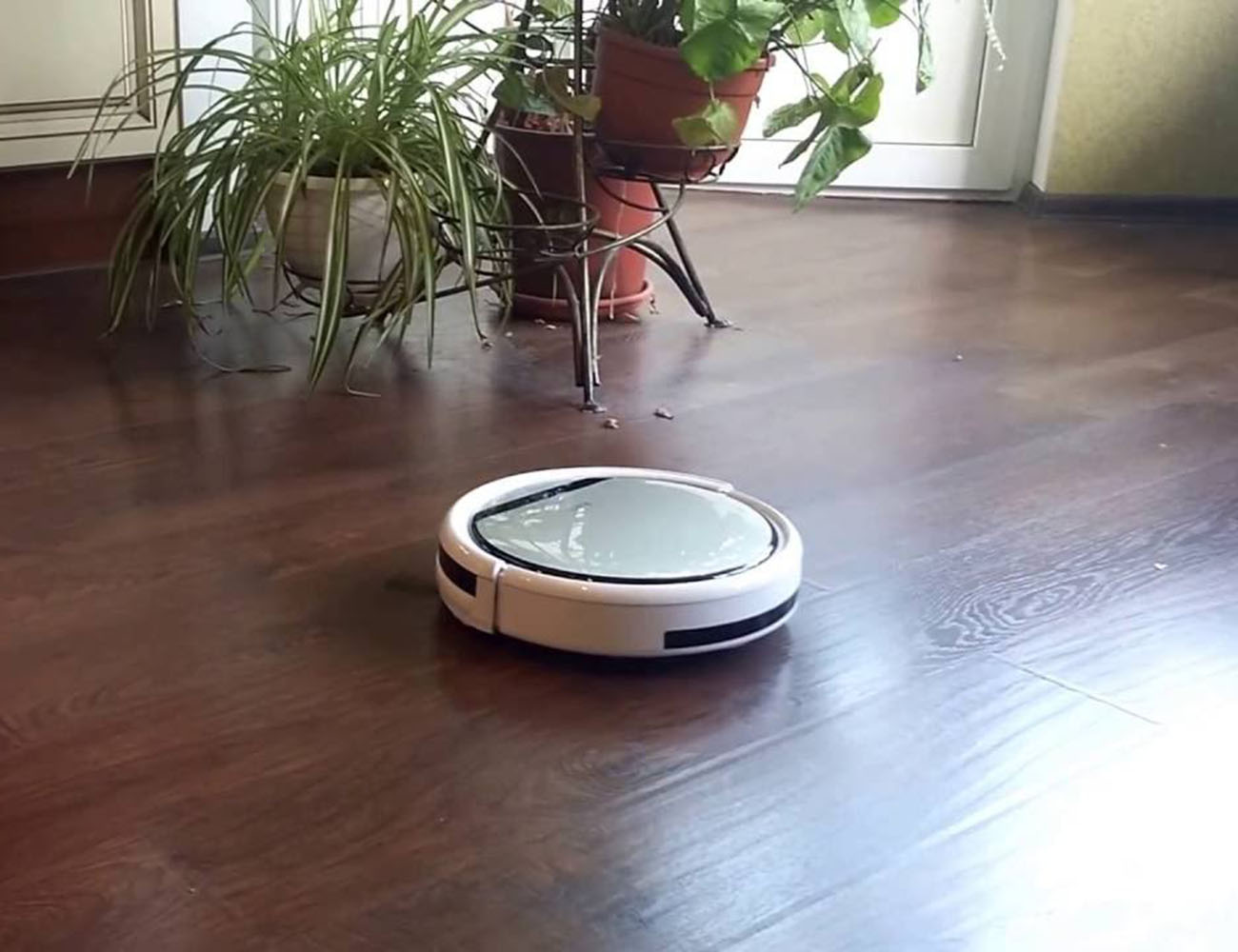 Chuwi Ilife V5 Pro Intelligent Robotic Vacuum Cleaner