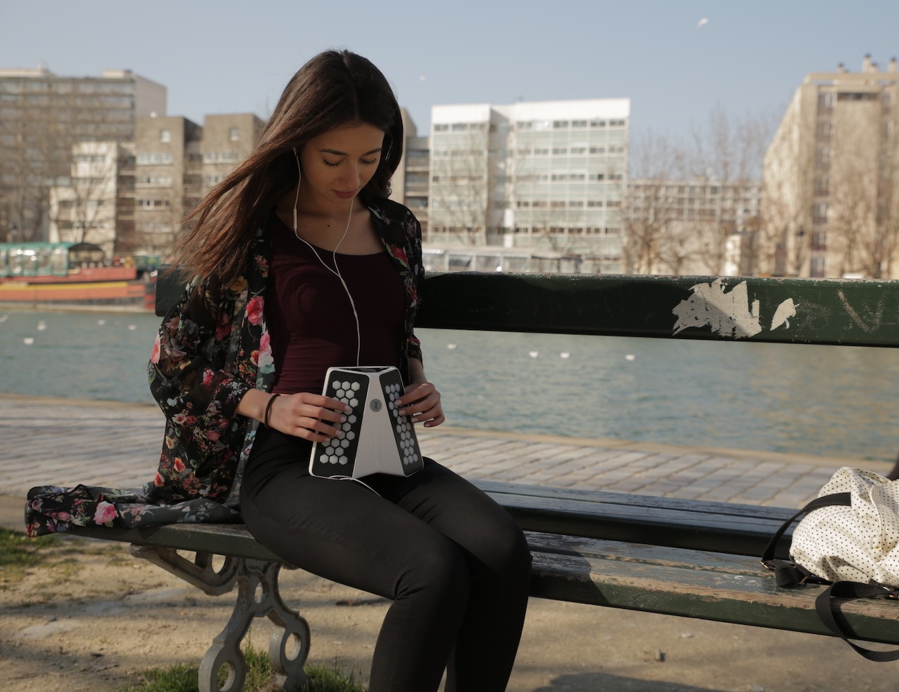 Dualo – The new musical instrument for all