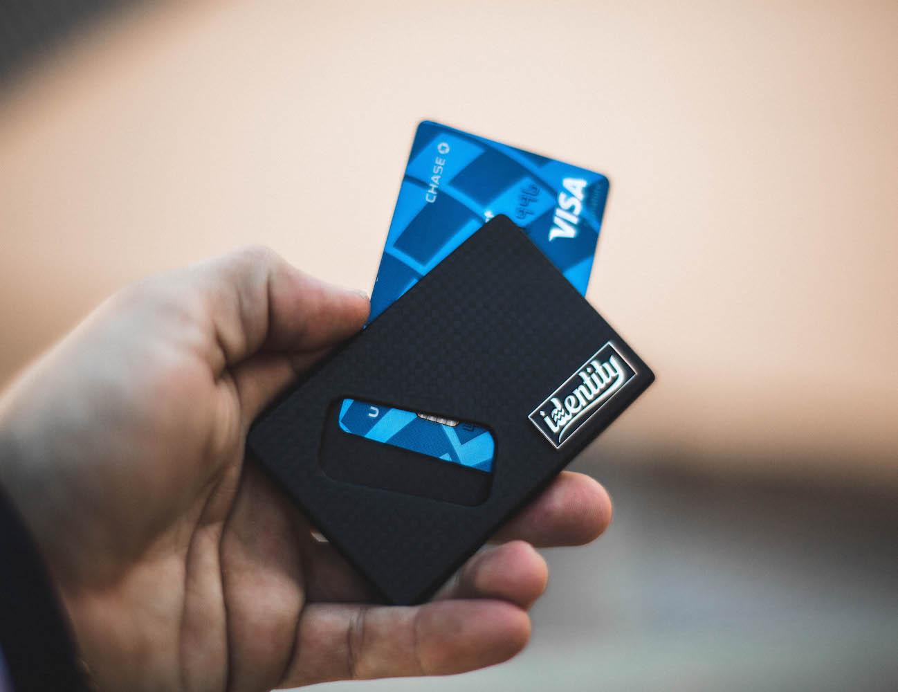identity-card-wallet-01