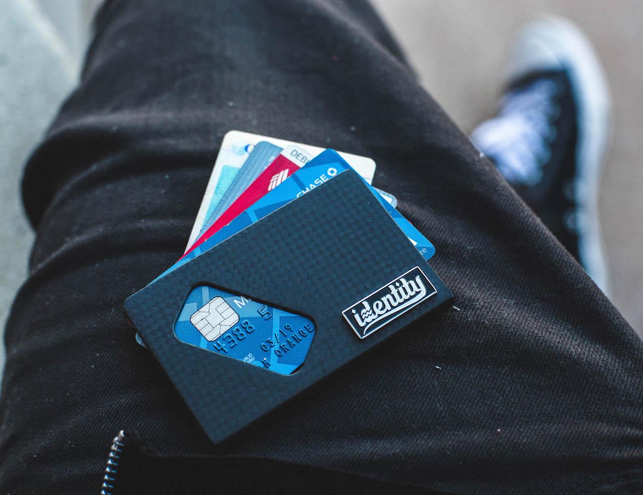 identity-card-wallet-04