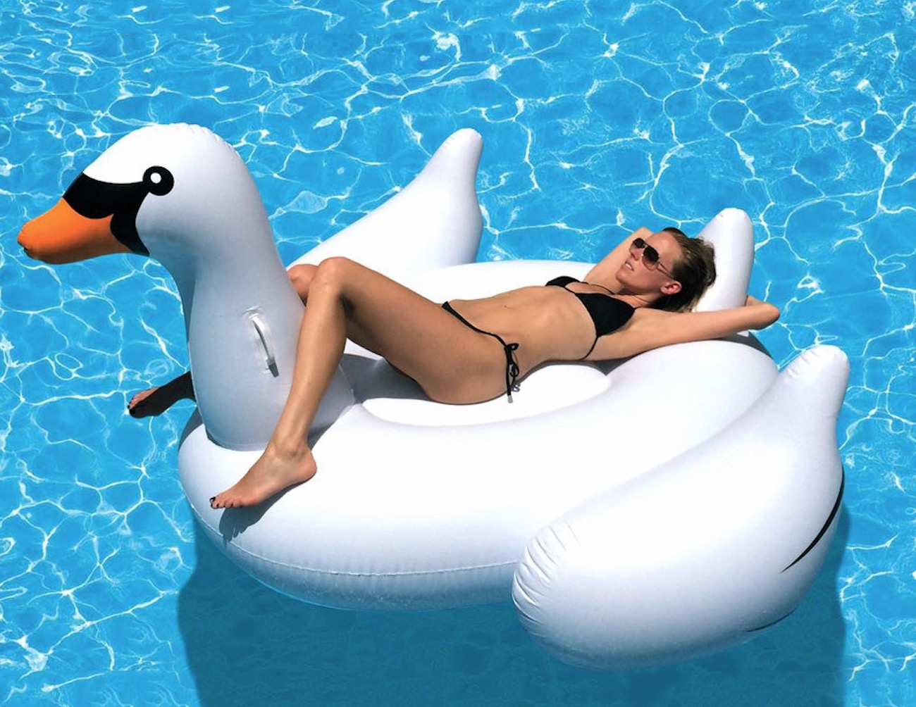 Inflatable Swan Pool Float