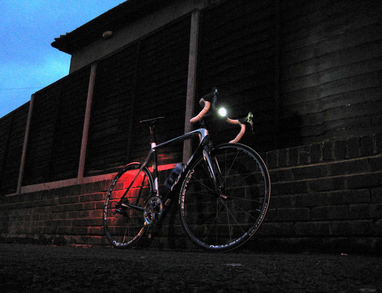 Knog+Blinder+4V+USB+Rechargeable+Bike+Light