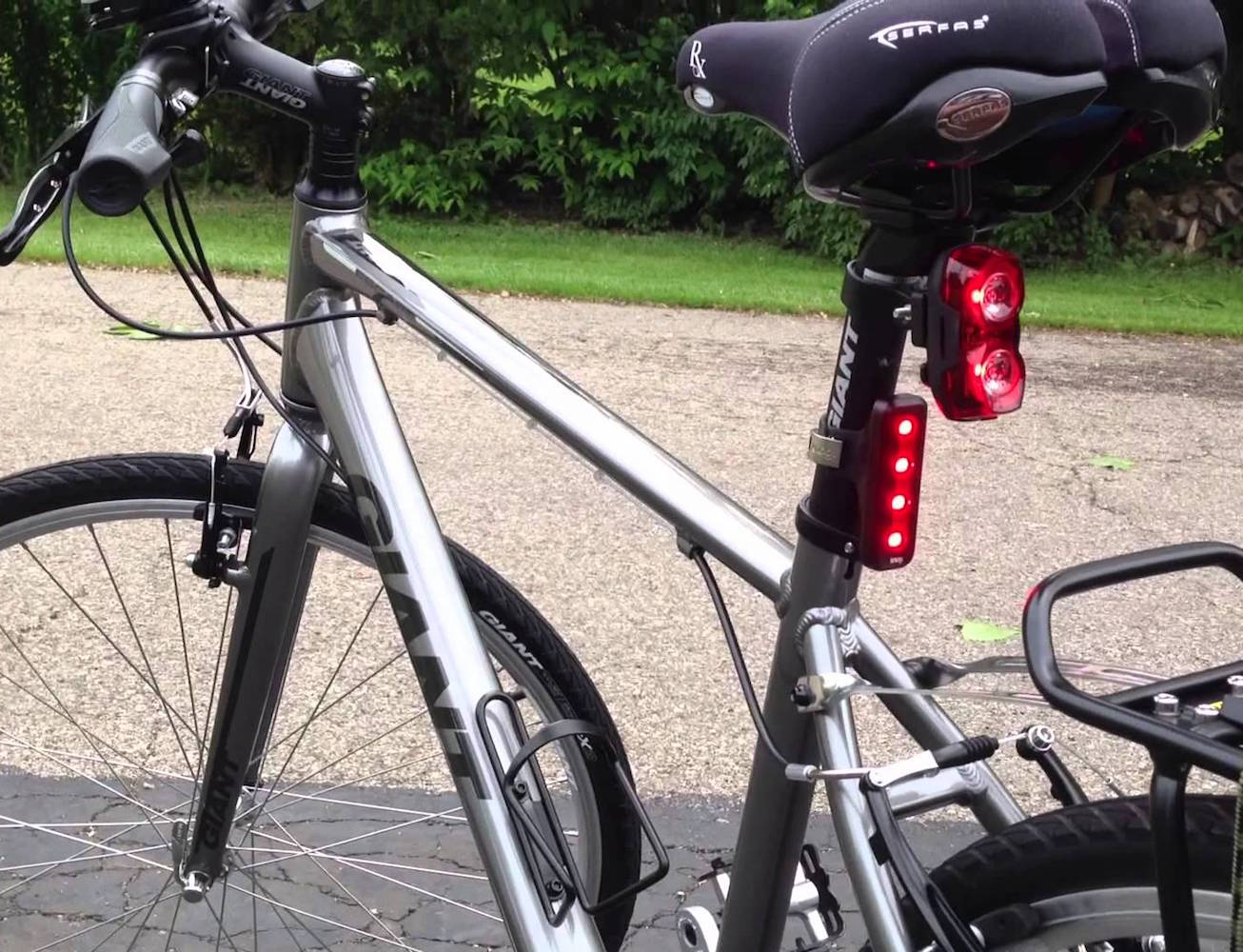 Knog Blinder 4V USB Rechargeable Bike Light