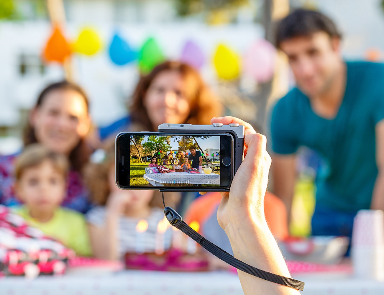 Pictar – World's Best iPhone Camera-Grip