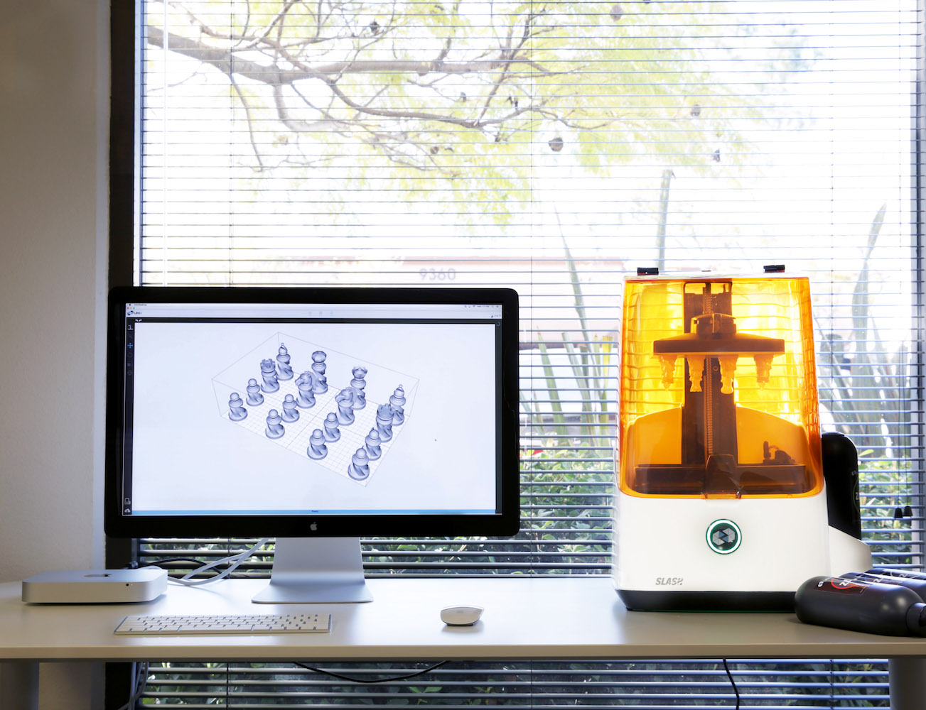 SLASH – Industrial 3D Printer At a Fraction of the Cost