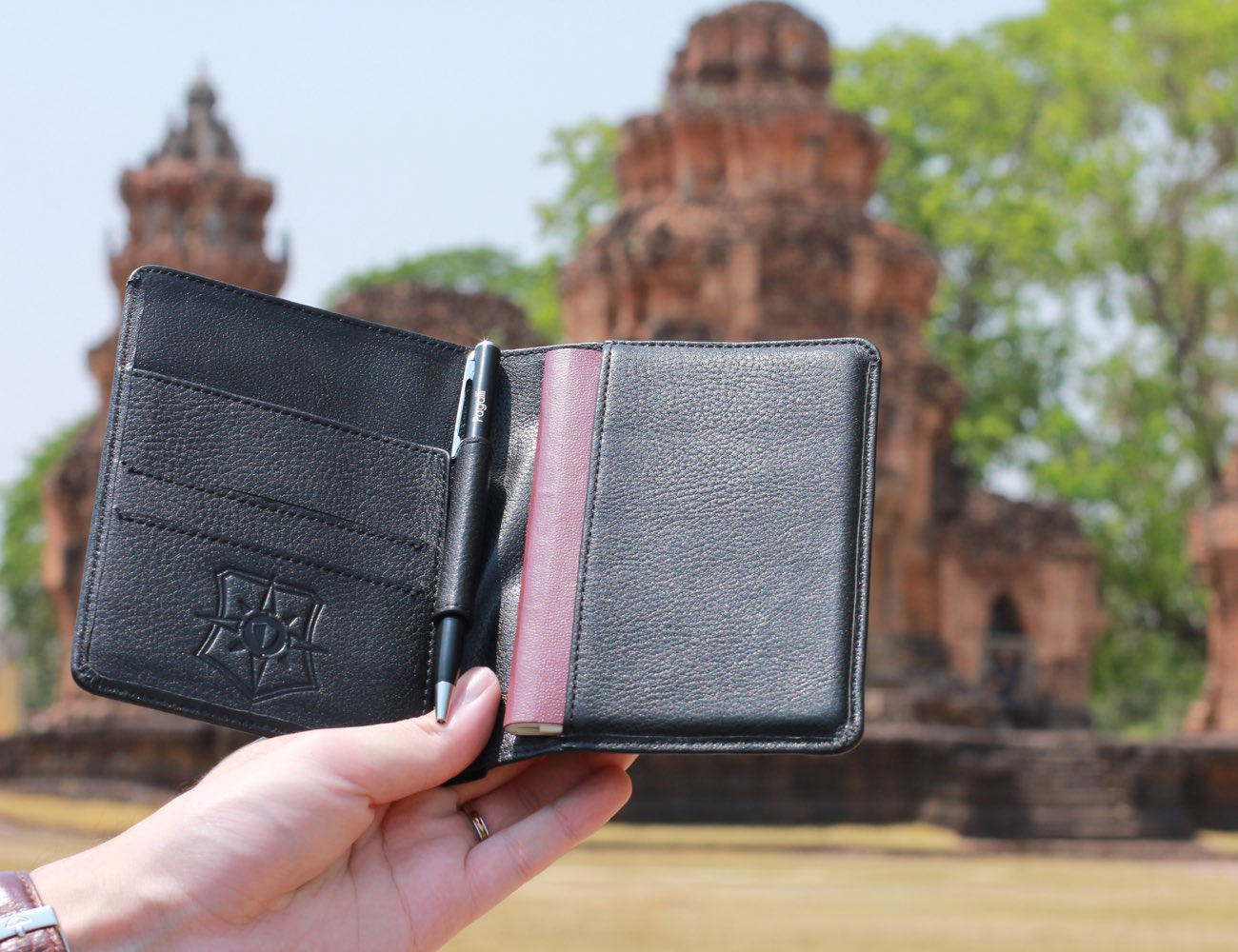 The Pagalli Project – Premium Wallets Offer World's Strongest Protection against ID Theft