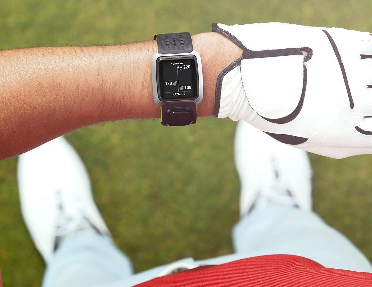 tomtom-golfer-gps-golf-device-01