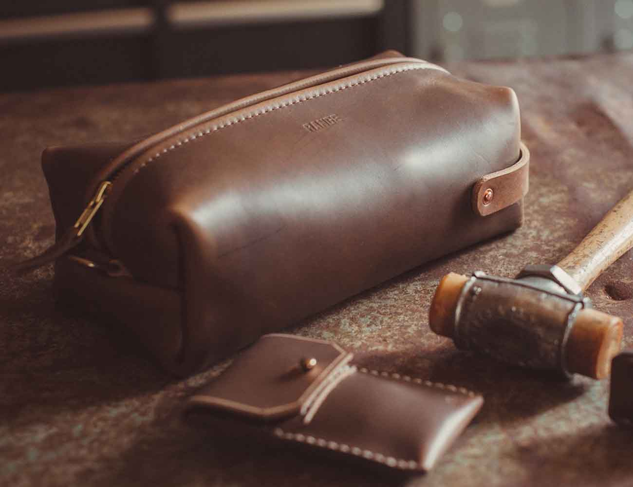 Travel Razor Case & Dopp Kit