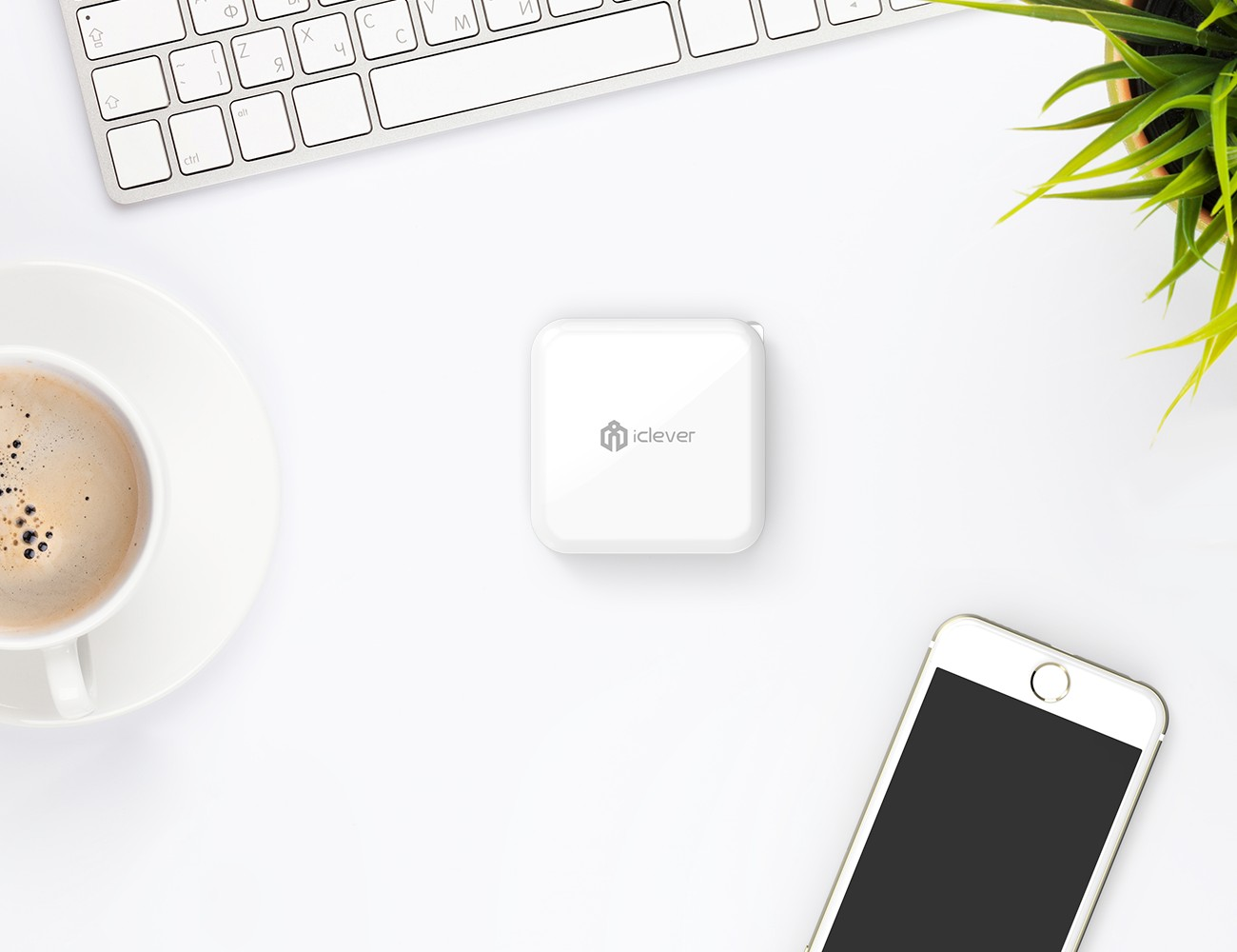 iClever BoostCube 4-Port USB Wall Charger