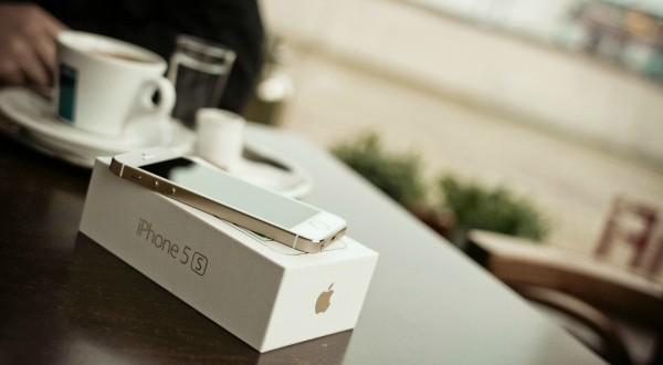 Apple's Plan to Push Refurbished Tech