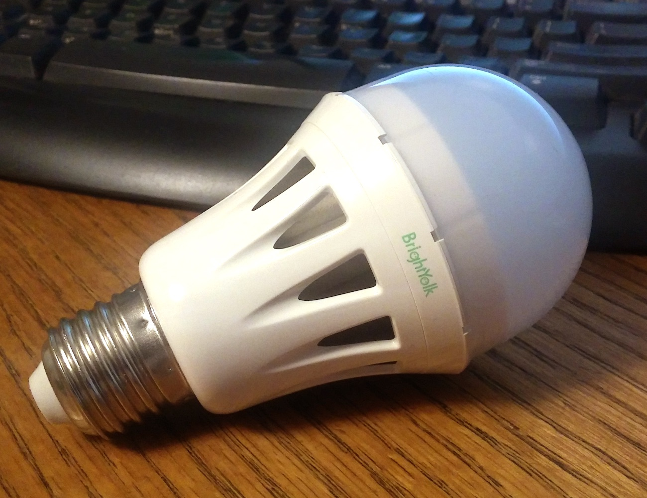 BrightYolk – The World's First Replaceable Modular LED Light Bulb