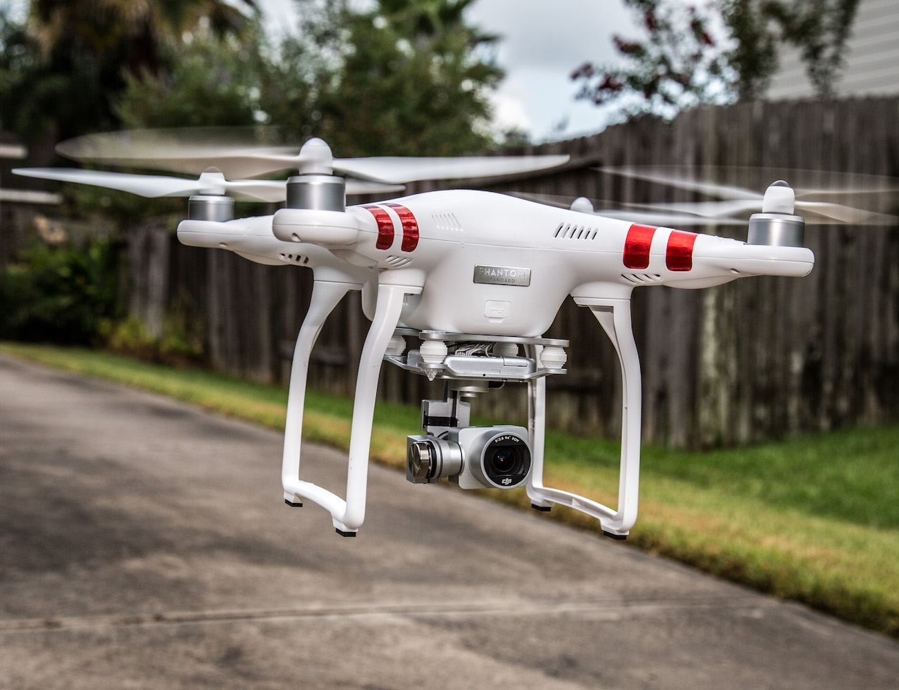 DJI Phantom 3 – Ready To Fly With Built-In Camera‎