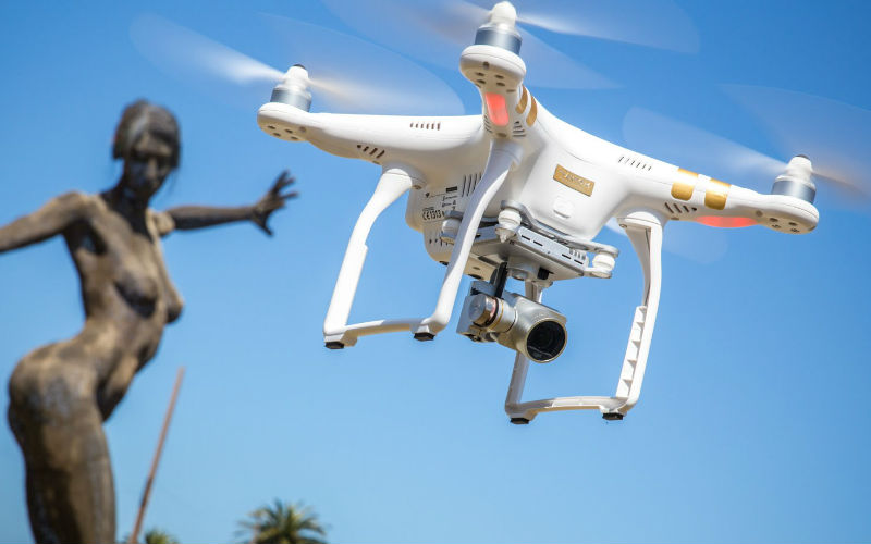 Phantom 3 Standard Drone Makes Your Photography Go Sky High