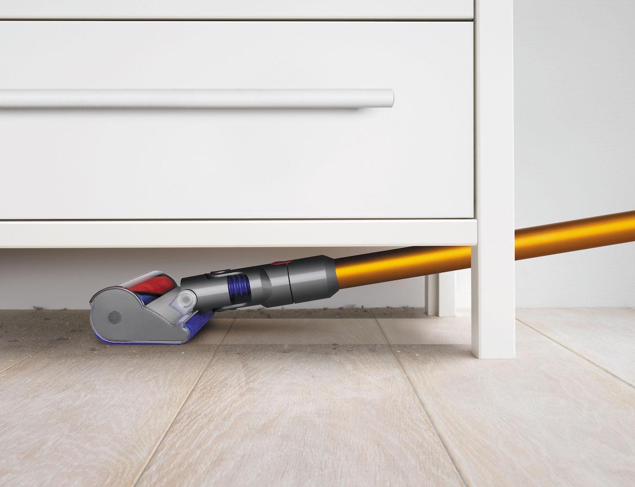 dyson v8 cordless vacuum review the gadget flow. Black Bedroom Furniture Sets. Home Design Ideas