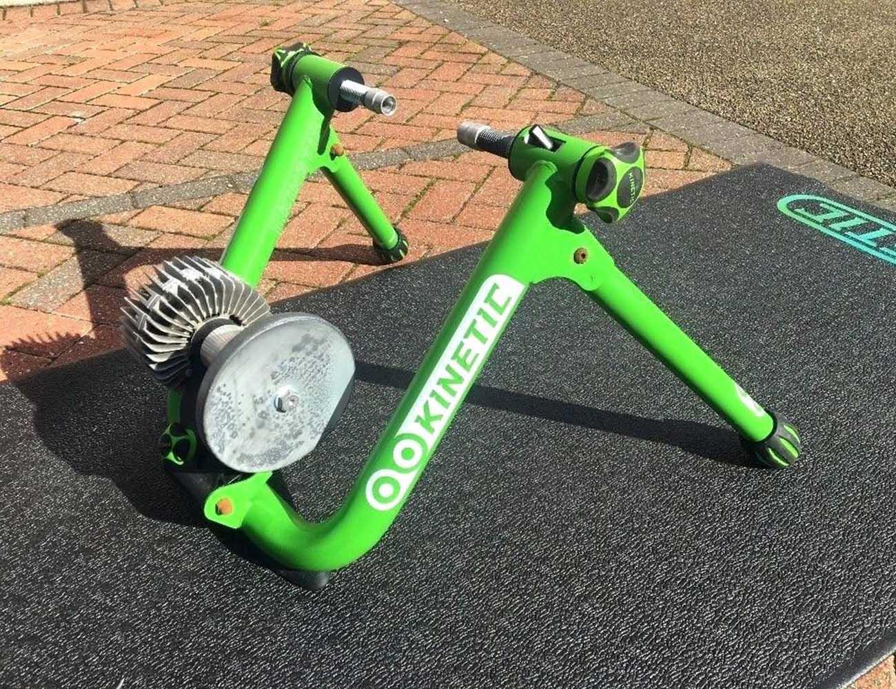 kinetic trainer road machine