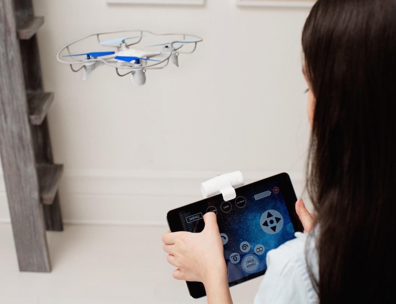 Lumi – World's Best Gaming & Entertainment Drone