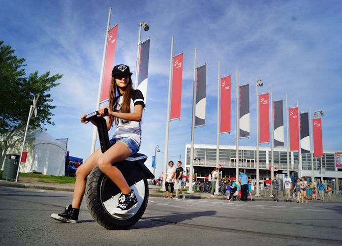 MOTOPOGO Self-Balancing Electric Cycle
