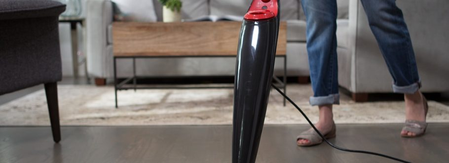 The O-Cedar Steam Mop Tackles Grime on Hard Floors and Carpet