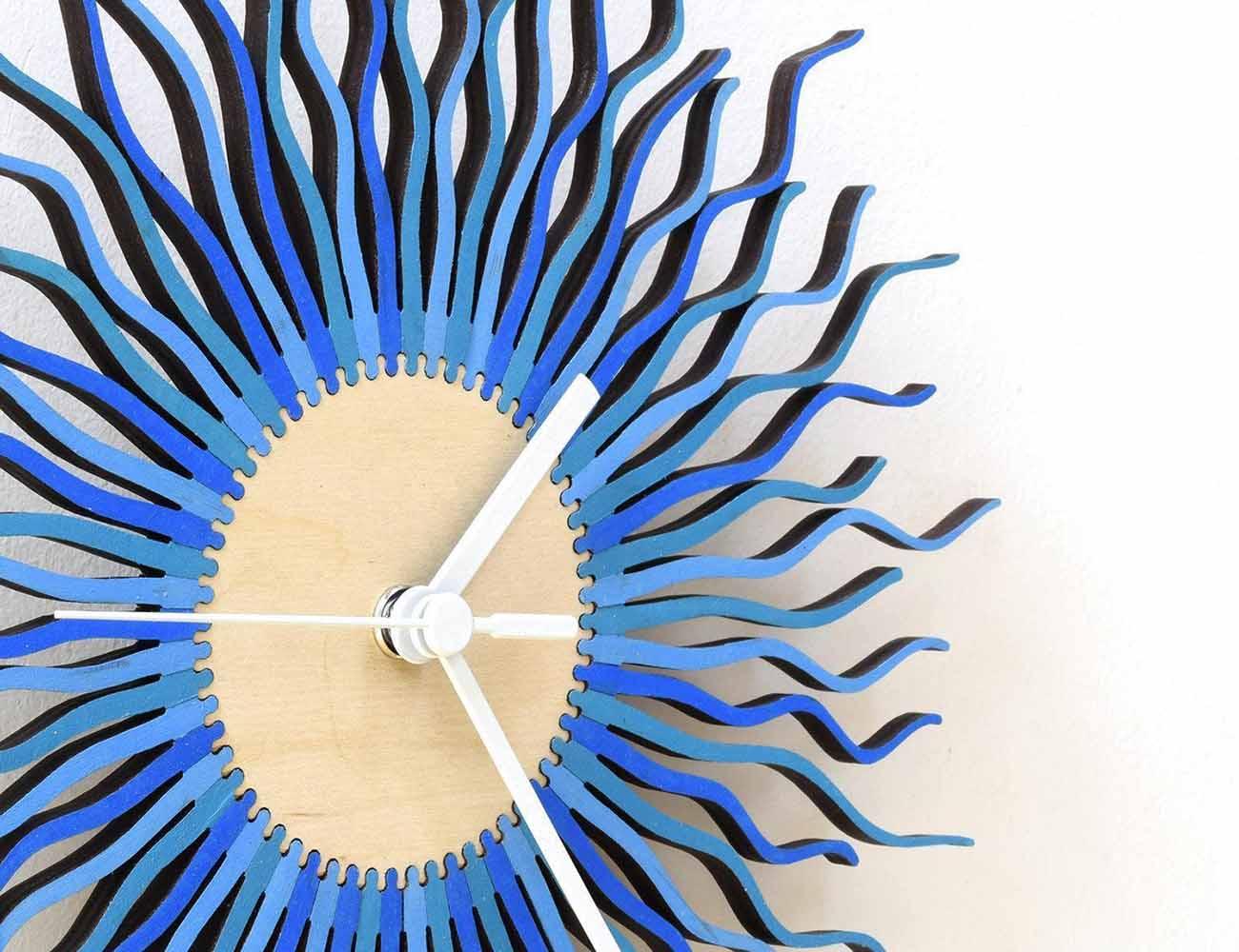 Radium II – Stylish Modern Wooden Wall Clock In Blue