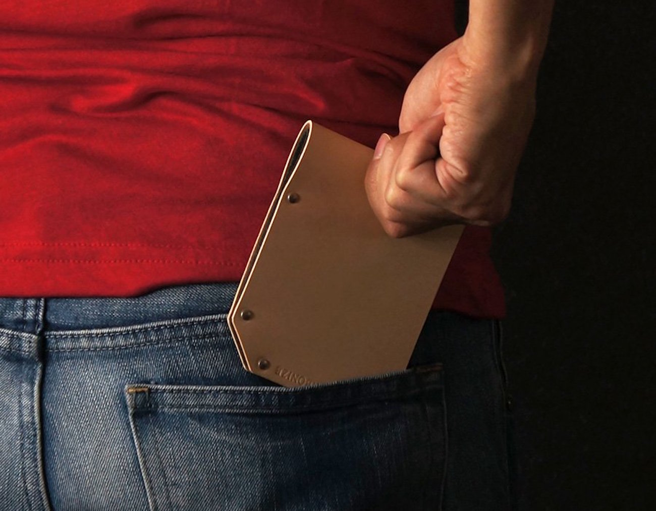 Slim Leather Wallet by Charbonize