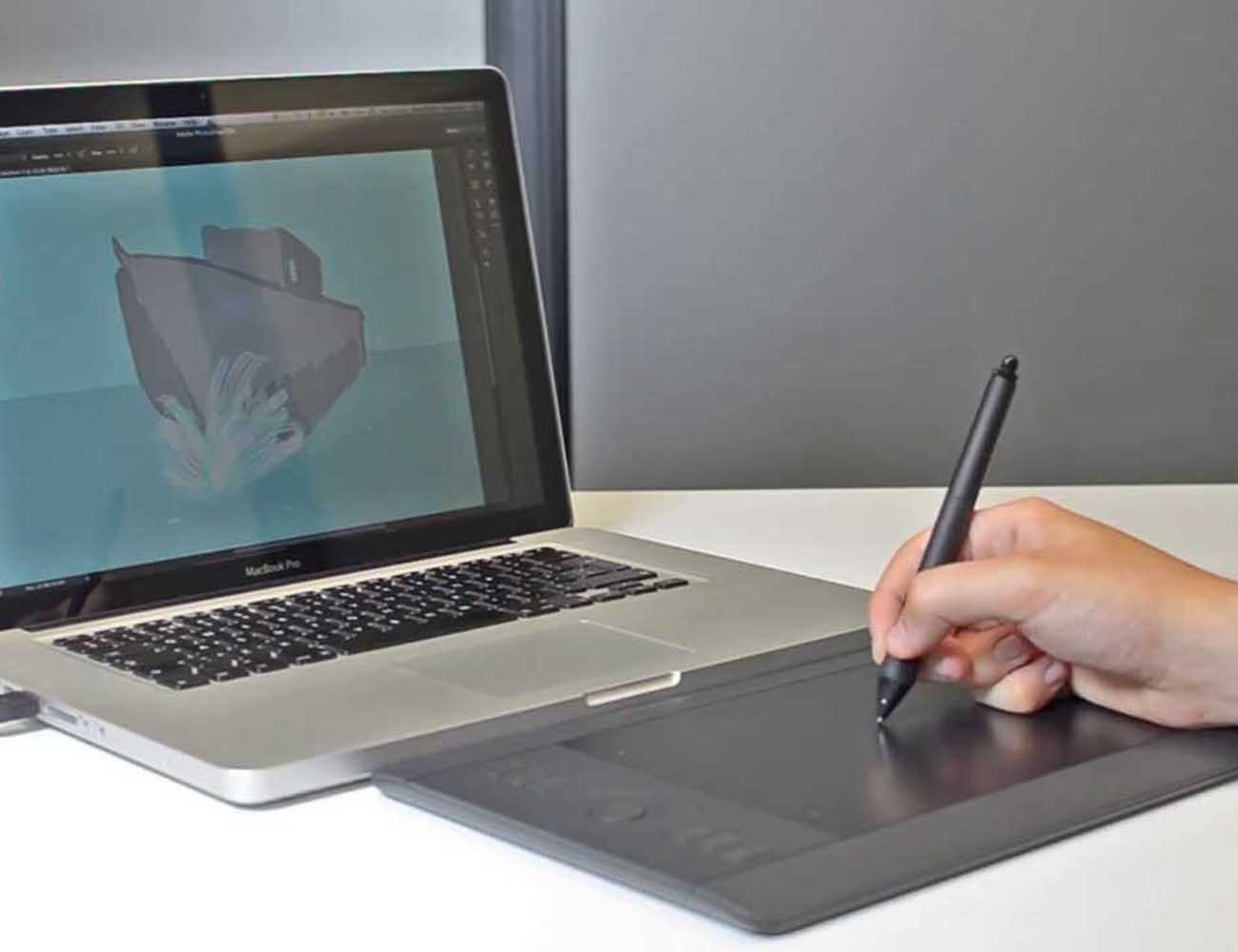 Wacom Intuos – Pro Pen and Touch Tablet