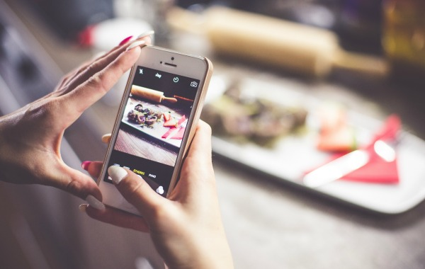 Leasing Your Smartphone: What to Know