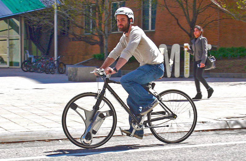 GeoOrbital Adds Electric Power to Your Bike by Replacing the Front Wheel