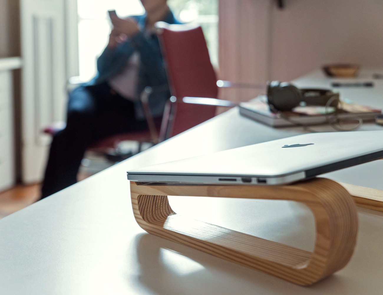Sled – A Laptop Stand Made With Pinewood And Ethics
