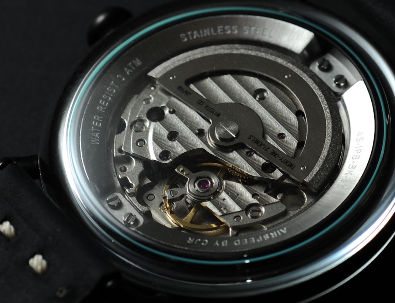 AIRSPEED – The FIRST Curved Regulator Watch For All