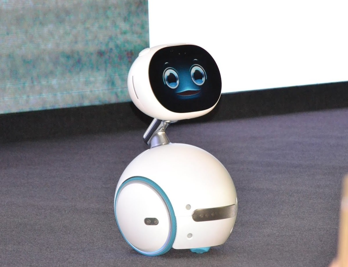 ASUS Zenbo Intelligent Robot can add smart help to almost any industry