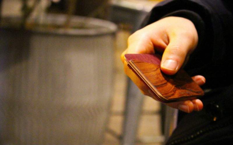 CLYH Wallet Can Be the Next Luxurious Beauty for Your Pockets