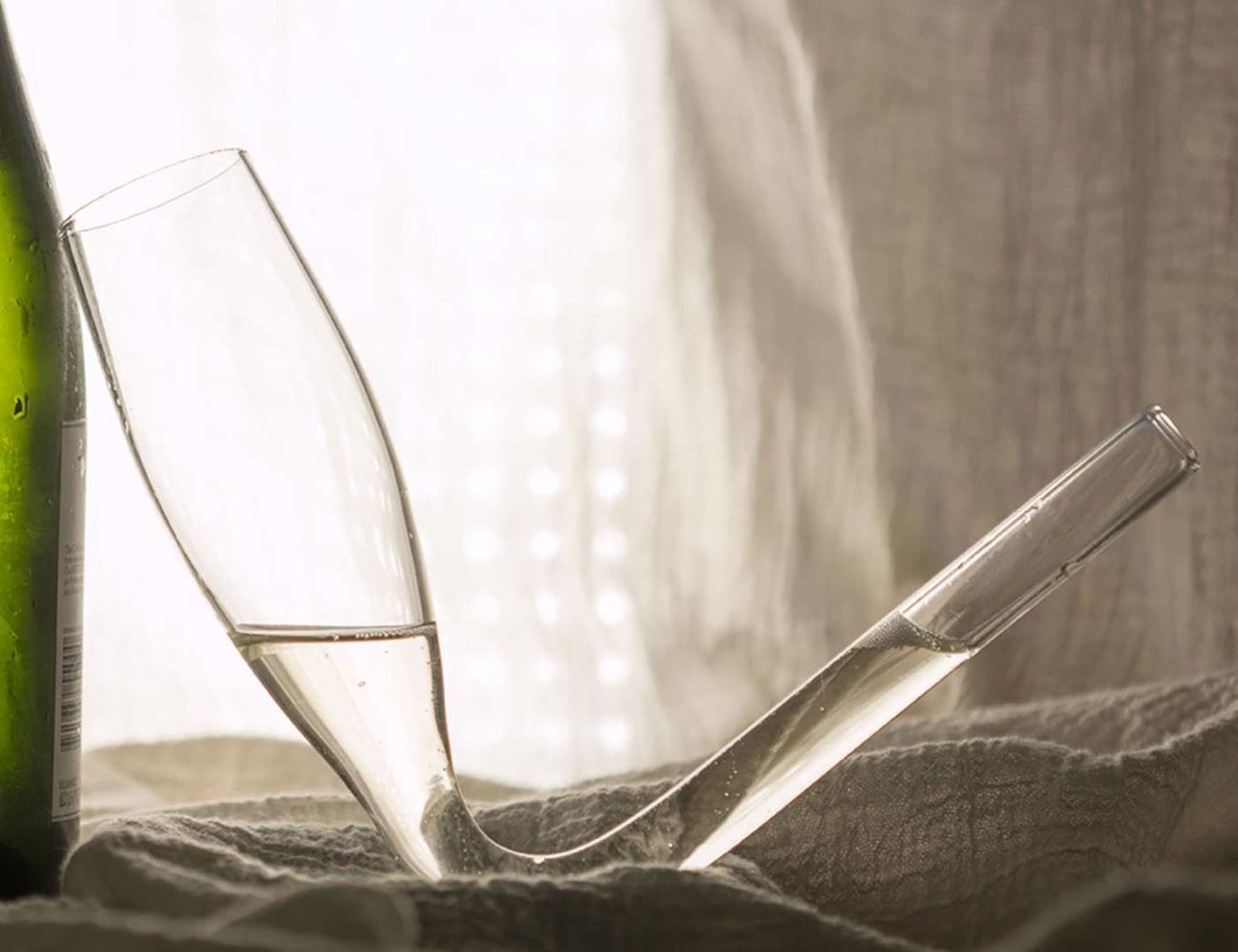 Chambong – Enhanced Champagne Consumption Glass