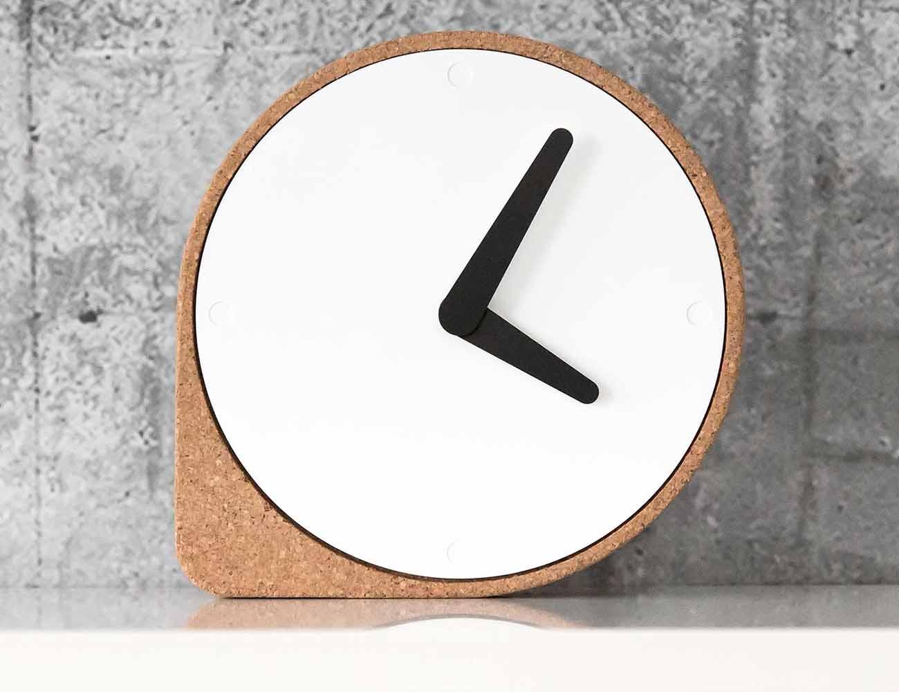 Clork – The Cork Clock