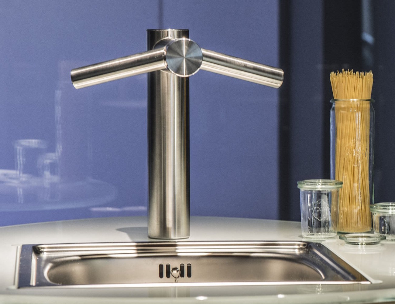 Dyson Airblade Tap With Built In Hand Dryer 187 Gadget Flow