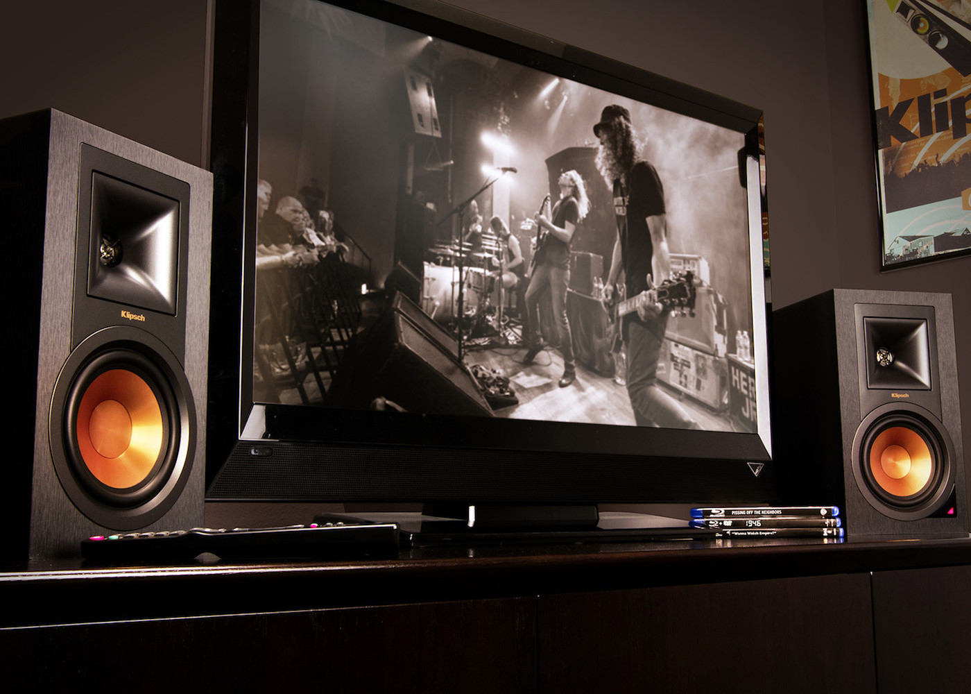 Klipsch R-15PM Powered Monitor Speakers » Gadget Flow