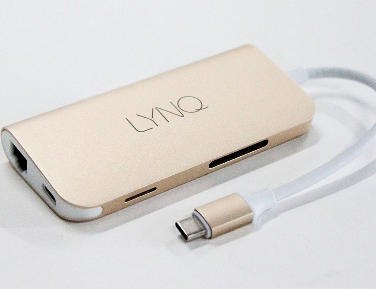 LYNQ – More Ports For Your Macbook