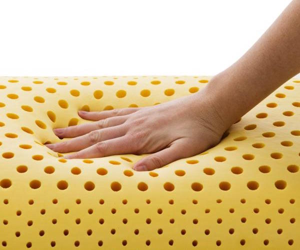 Chamomile-Infused Zoned Dough® Memory Foam Pillow + Aromatherapy