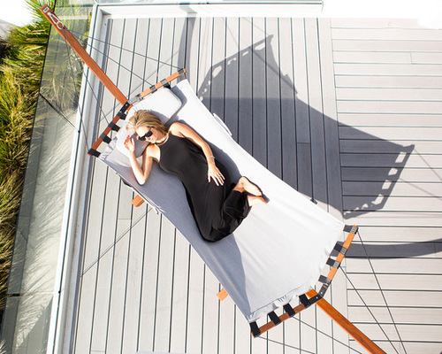 Lujo Living Free-Standing Double Hammock With Stand