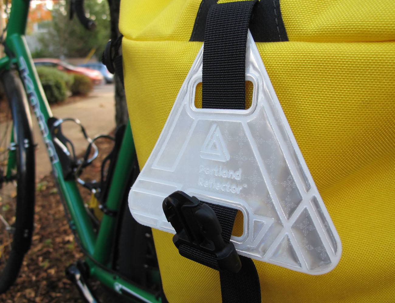 Portland Reflector – Magnetic Reflectors for Cycling