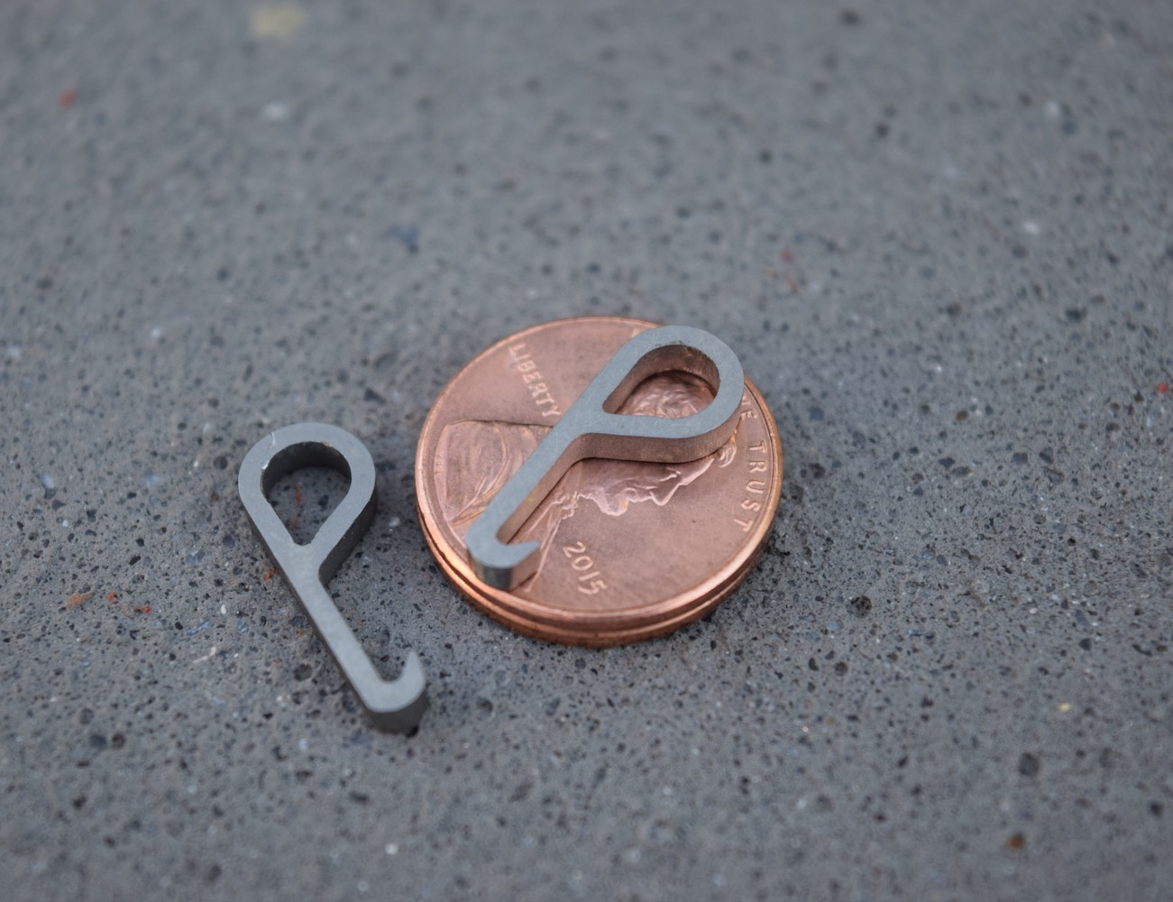 Pry.Me – A Penny Sized Titanium Bottle Opener