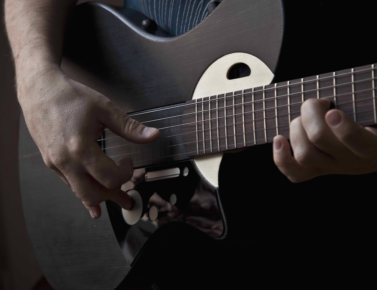 sensus-smart-guitar-by-mind-music-labs-02