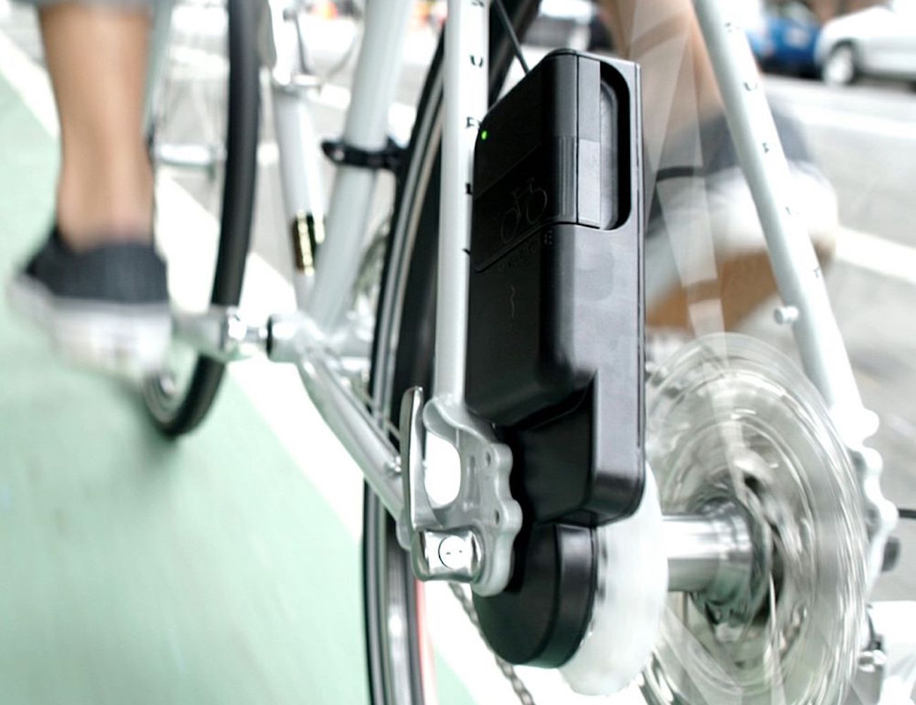 Siva Atom – The Bicycle USB Charger and Battery Bank